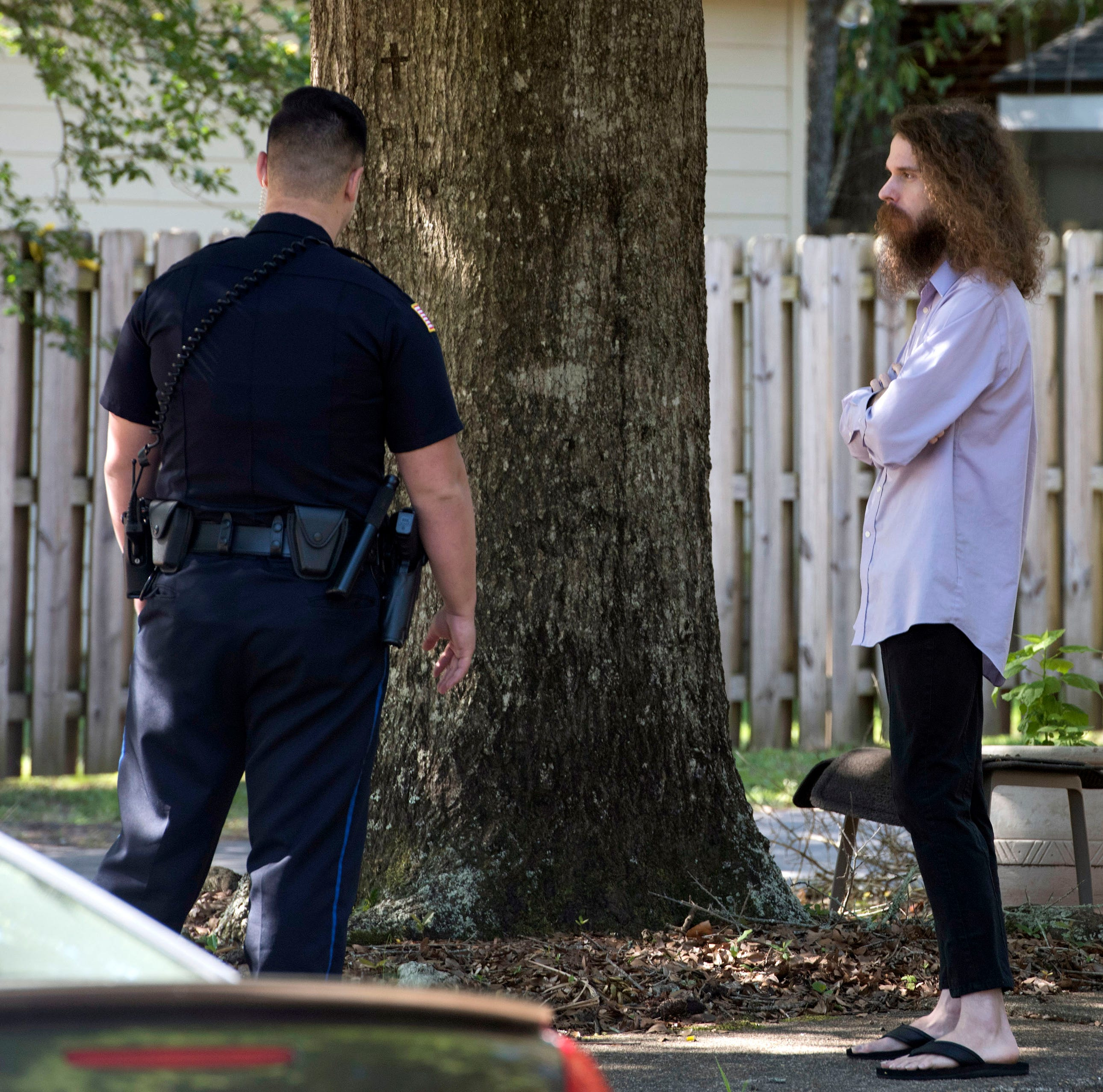 Pensacola man lived with mom's body for 2 days before police were called, PPD says