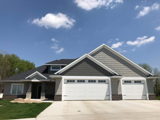 This home, locatedat 7914 S. Aspen Glen Dr.in Sioux Falls, sold for $500,000, topping our home sales report for the week of March 25.