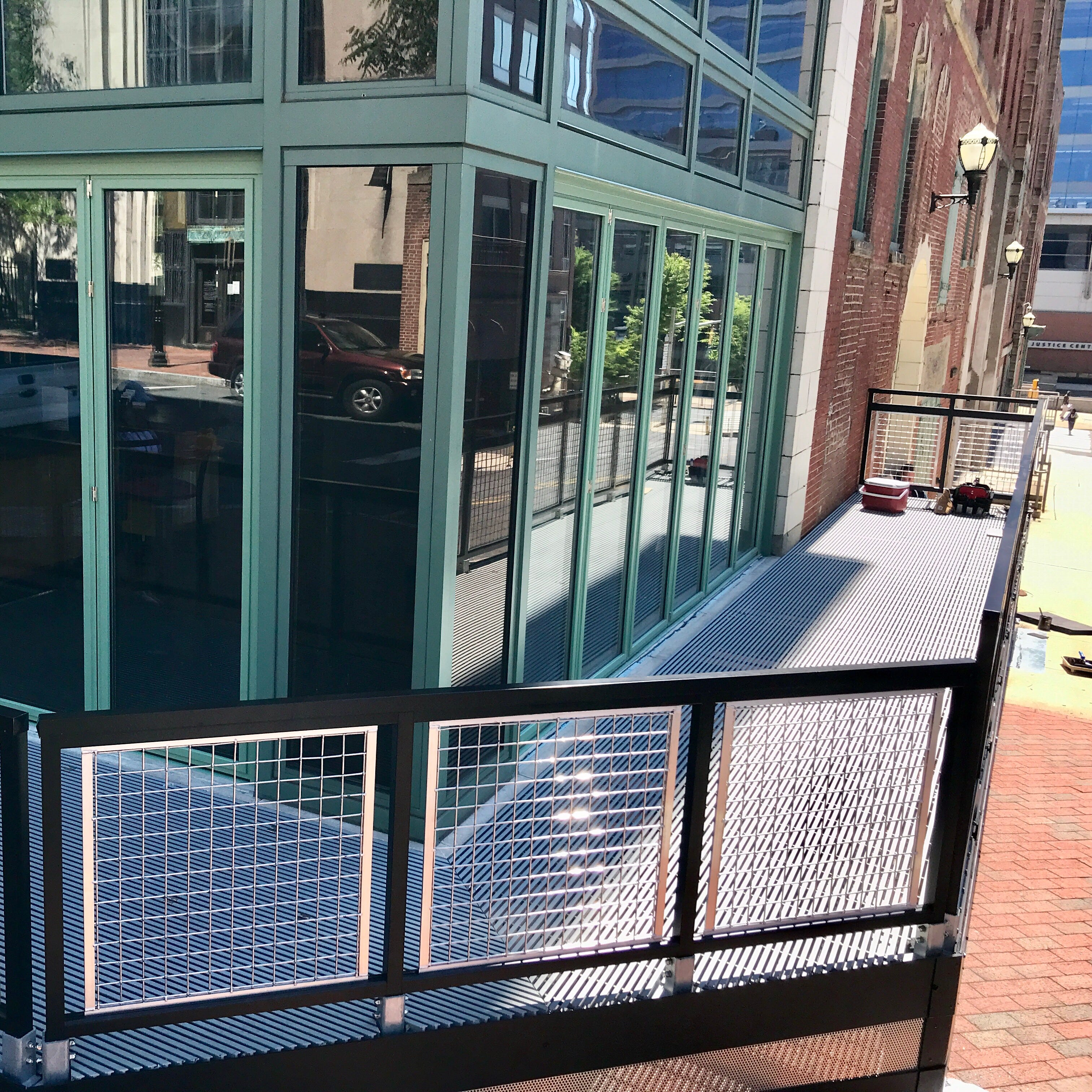 The Queen adds open-air corner bar with retractable windows; patio also coming to Wilmington's Merchant Bar