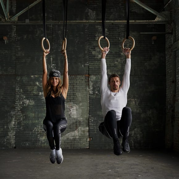 Halle Berry can do eight to 10 unassisted pullups, thanks to the ring training she does with trainer Peter Lee Thomas.
