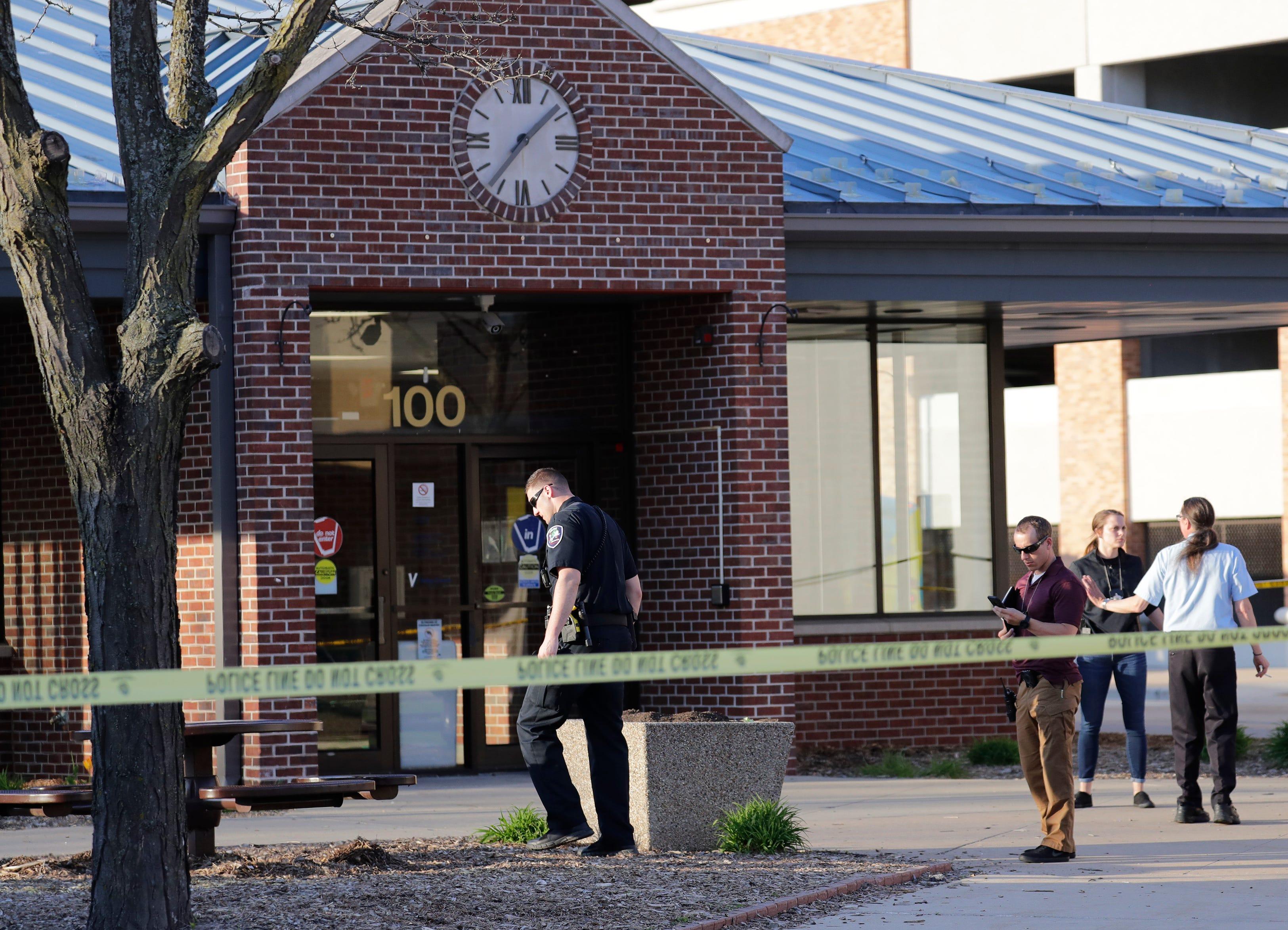 'Heroic bravery': Appleton police officers draw praise for stopping gunman at Valley Transit Center