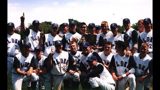 The 1999 Elder Panthers kept the school's decade streak in tact with the 11th state championship in school history.