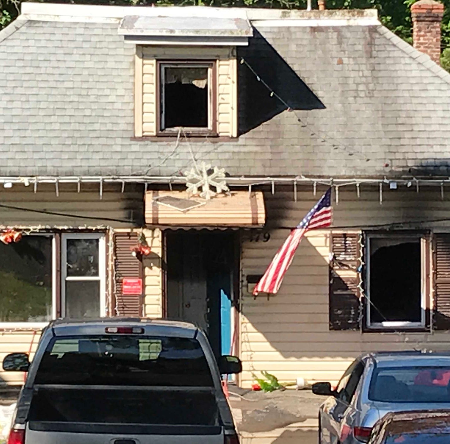 North Plainfield house fire leaves 22-year-old woman dead