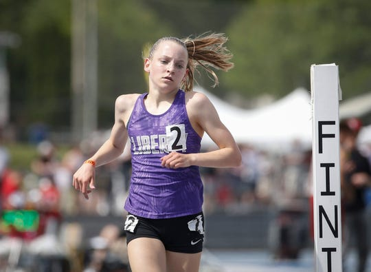 Iowa City Liberty freshman Ashlyn Keeney won the Class 4A 3000-meter run during the 2019 Iowa high school track and field state championships at Drake Stadium in Des Moines on Thursday, May 16, 2019.