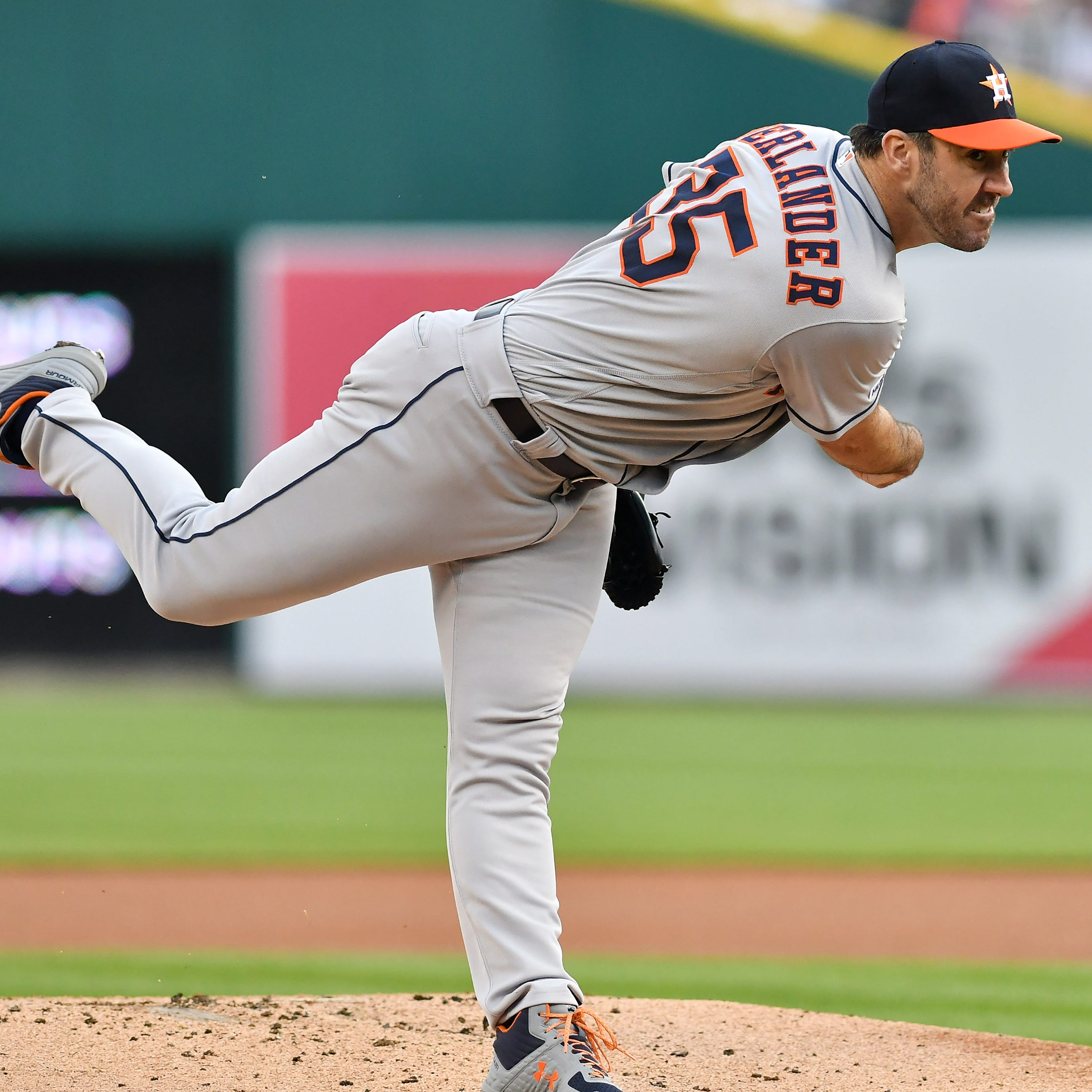 Just like old times: Verlander beats Tigers for 99th win at Comerica Park
