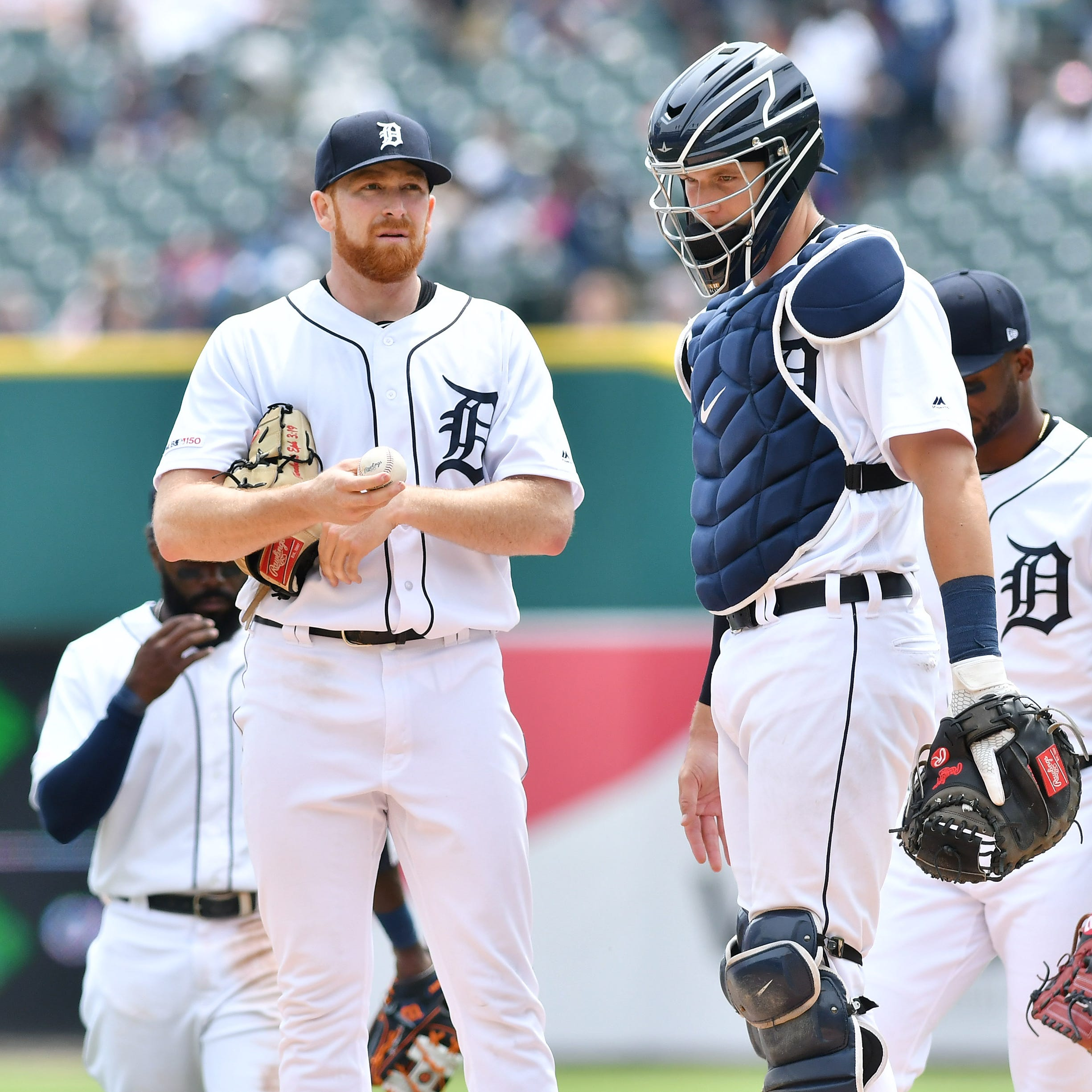 Athletics wallop Tigers pitchers, 17-3