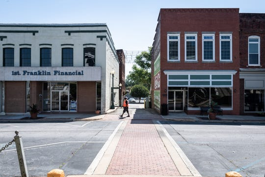 A view of downtown Laurens, SC.