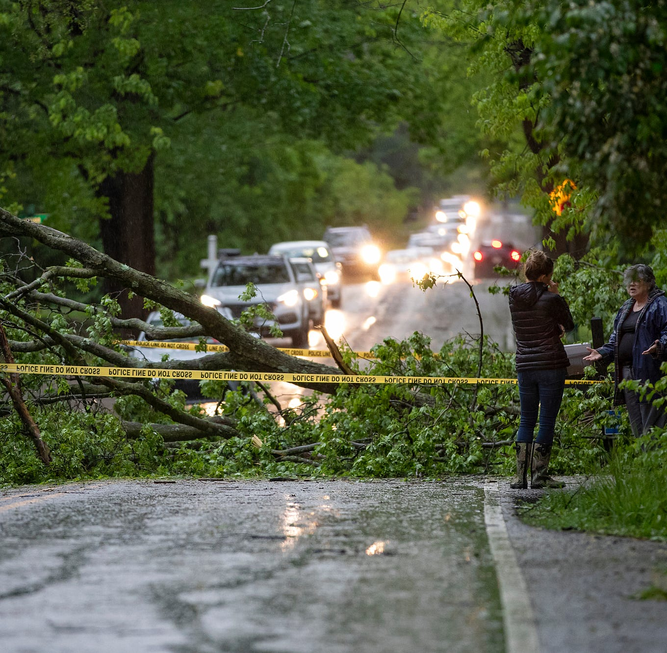 Indianapolis power outage: Power mostly restored across Central Indiana day after storm