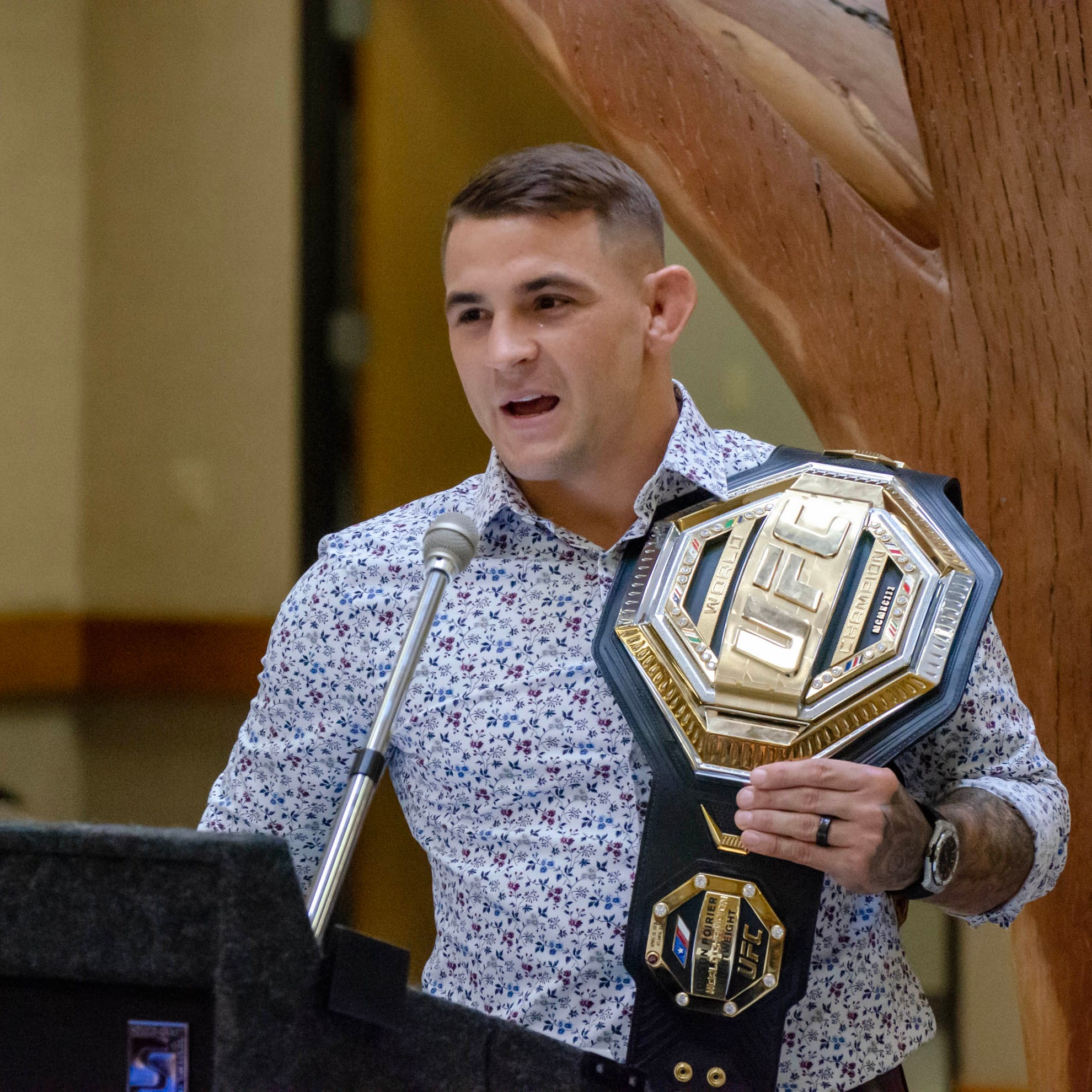 UFC champion Dustin Poirier giving back to city that means so much to him