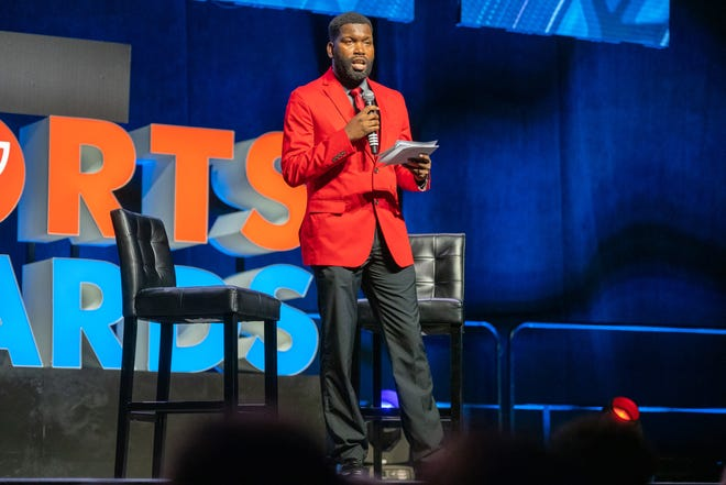 Preps reporter Eric Narcisse speaks at The Daily Advertiser's 2019 Sports Awards banquet.