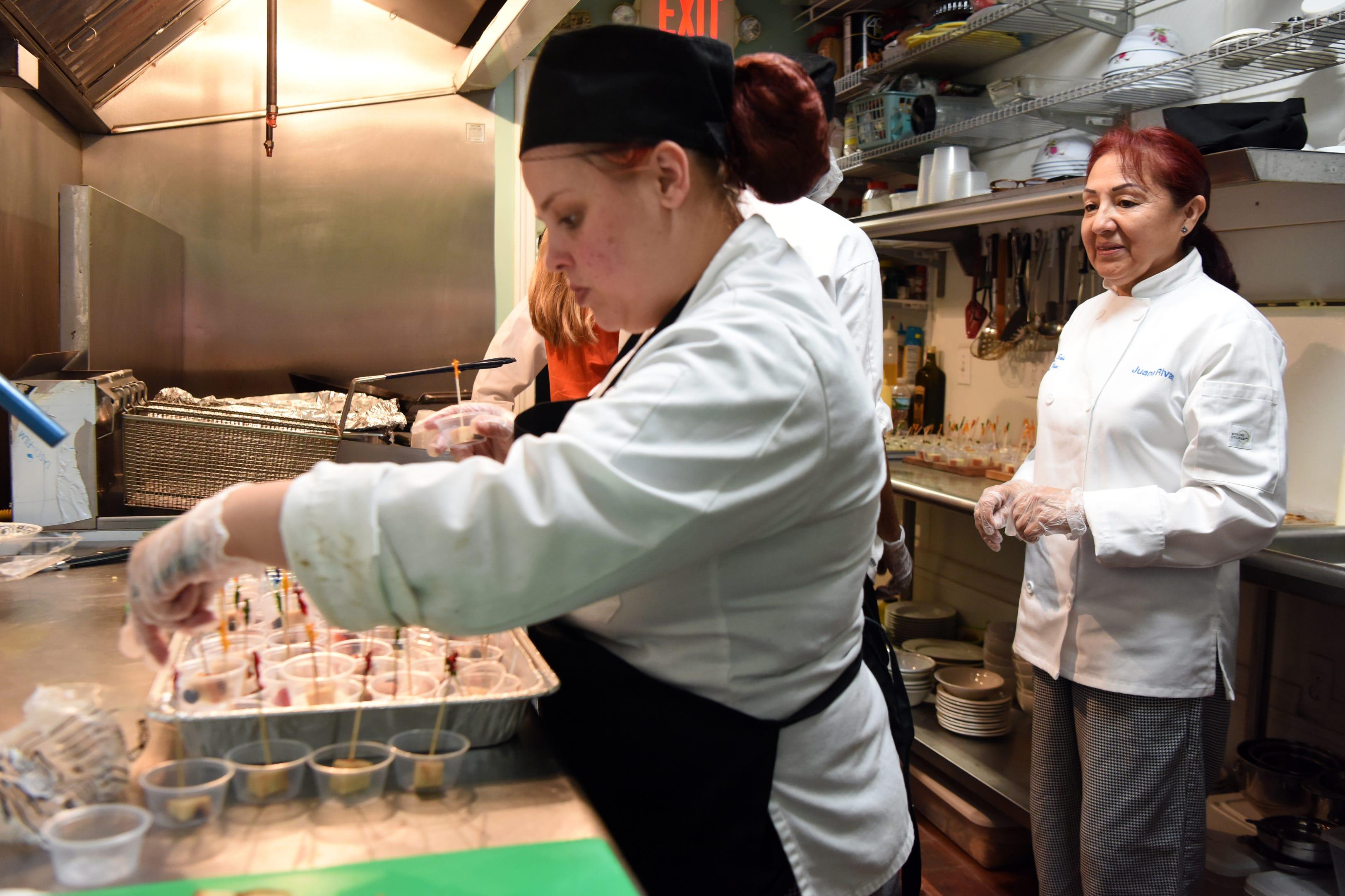 Eva S Graduates Open Restaurant In Paterson