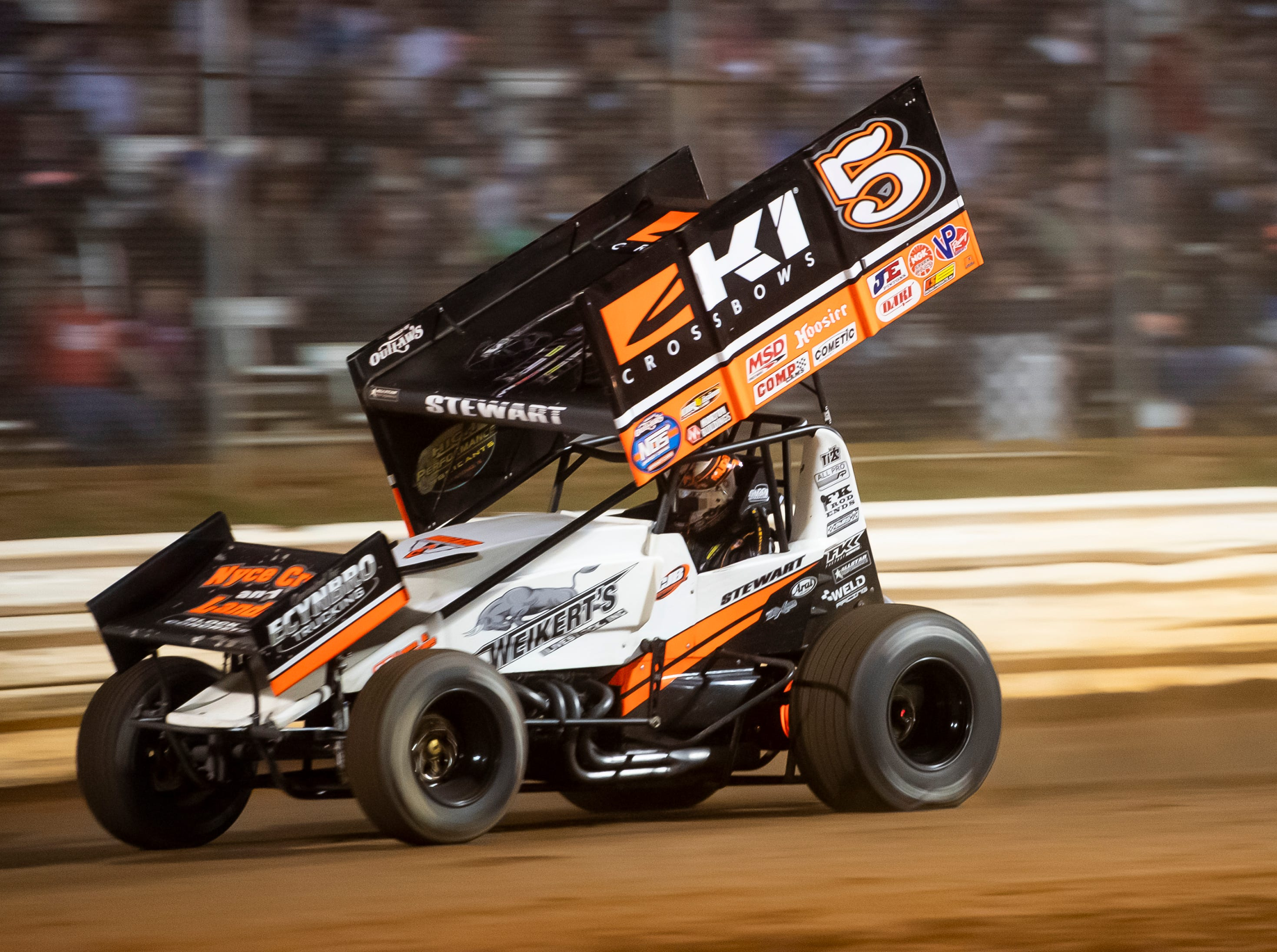 Shane Stewart races in the number five car during the World of Outlaws Gettysburg Clash at Lincoln Speedway in Abbottstown on Wednesday, May 15, 2019.