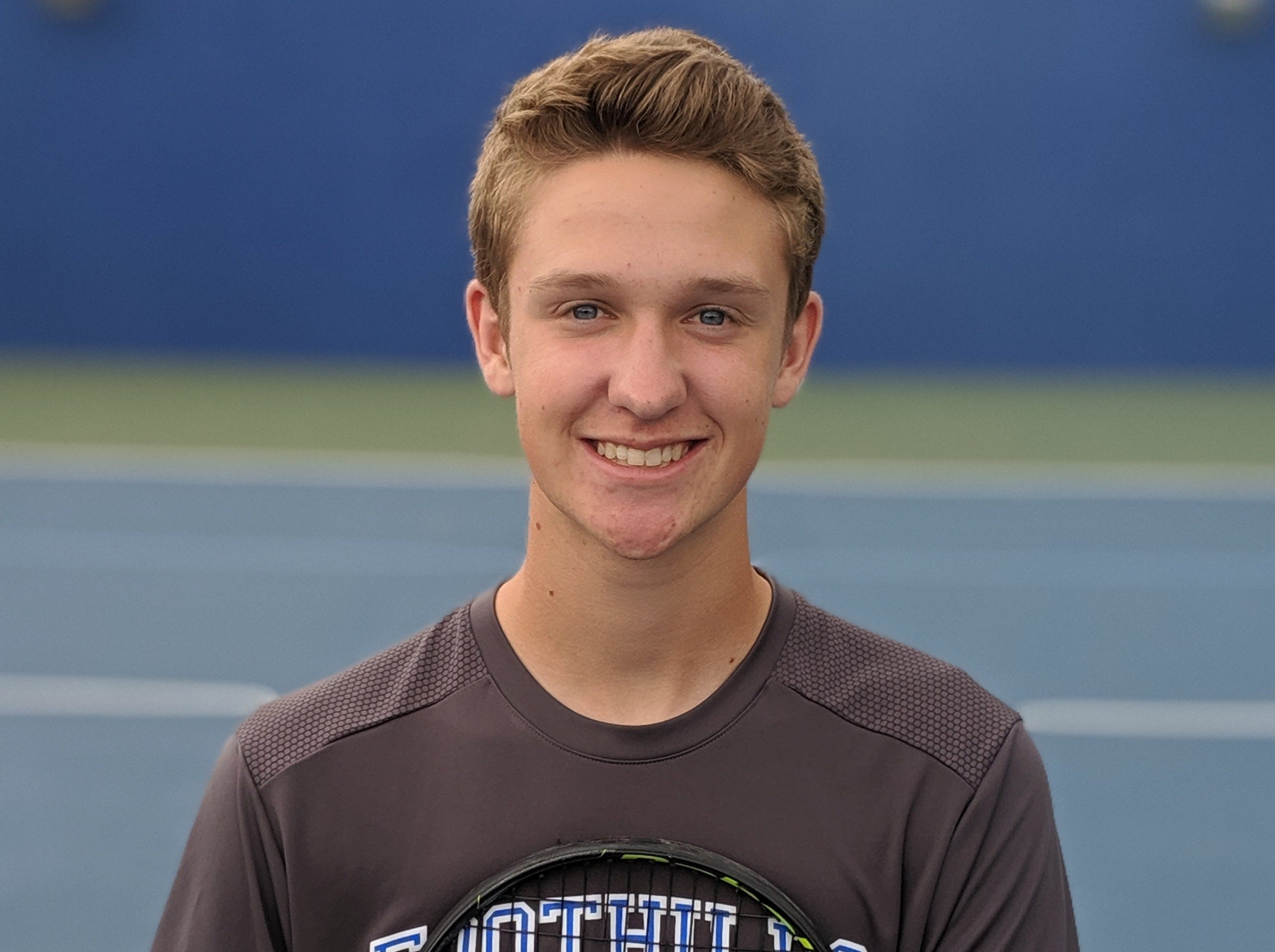 Brendan Perry of Catalina Foothills boys tennis