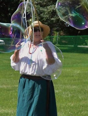 """""""York Bubble Lady"""" Debbie Flaum is one of the entertainment acts featured at the York County Libraries 2019 summer program kickoff event at Richard Nixon Park from 10 a.m. to noon Saturday, June 1. Two other kickoff events will be held the same date and times at Guthrie Memorial Library and Dover Township Community Center. (Photo by: Randy Flaum)"""