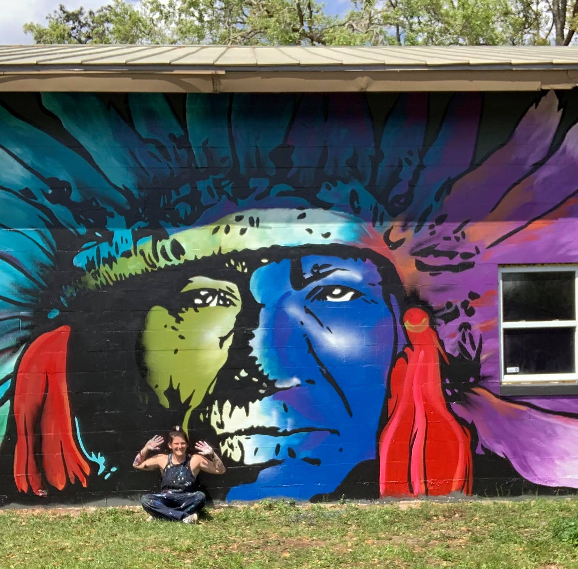 Tallahassee mural maven splashes color all over town
