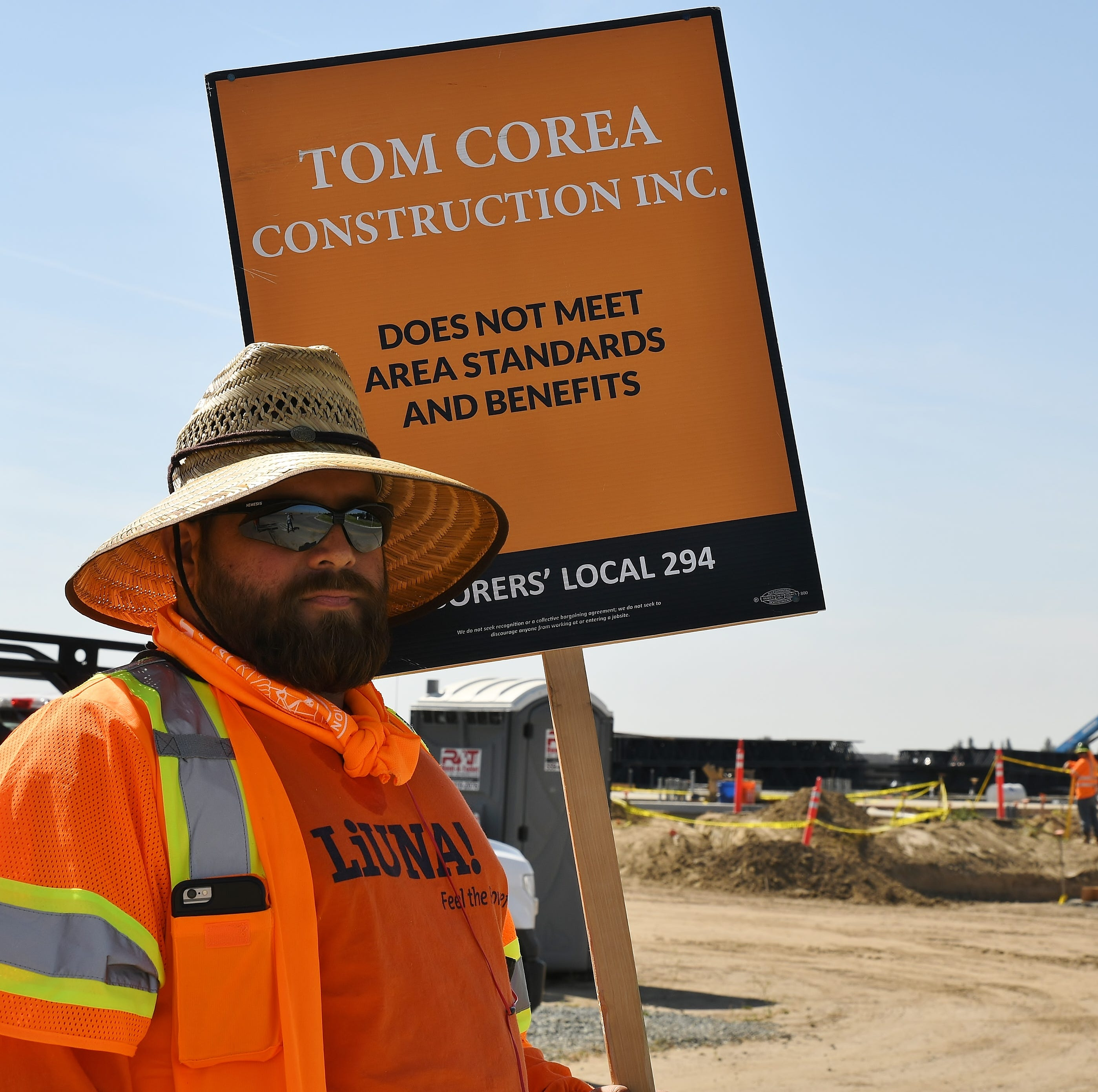 Labor union protests Visalia UPS distribution hub construction