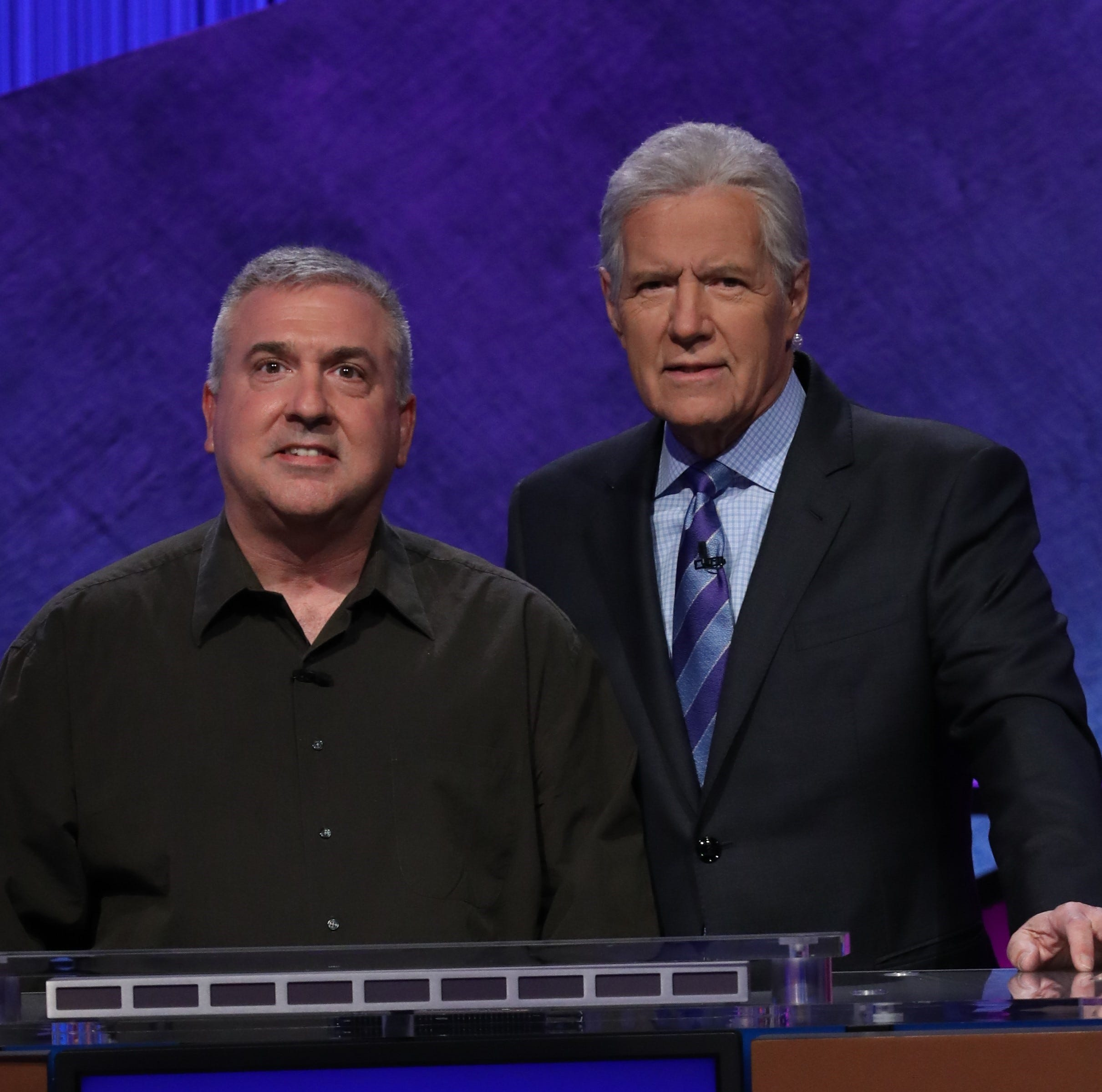 Francois Barcomb: Hen Hud High School teacher takes commanding lead in 2-day Jeopardy! final