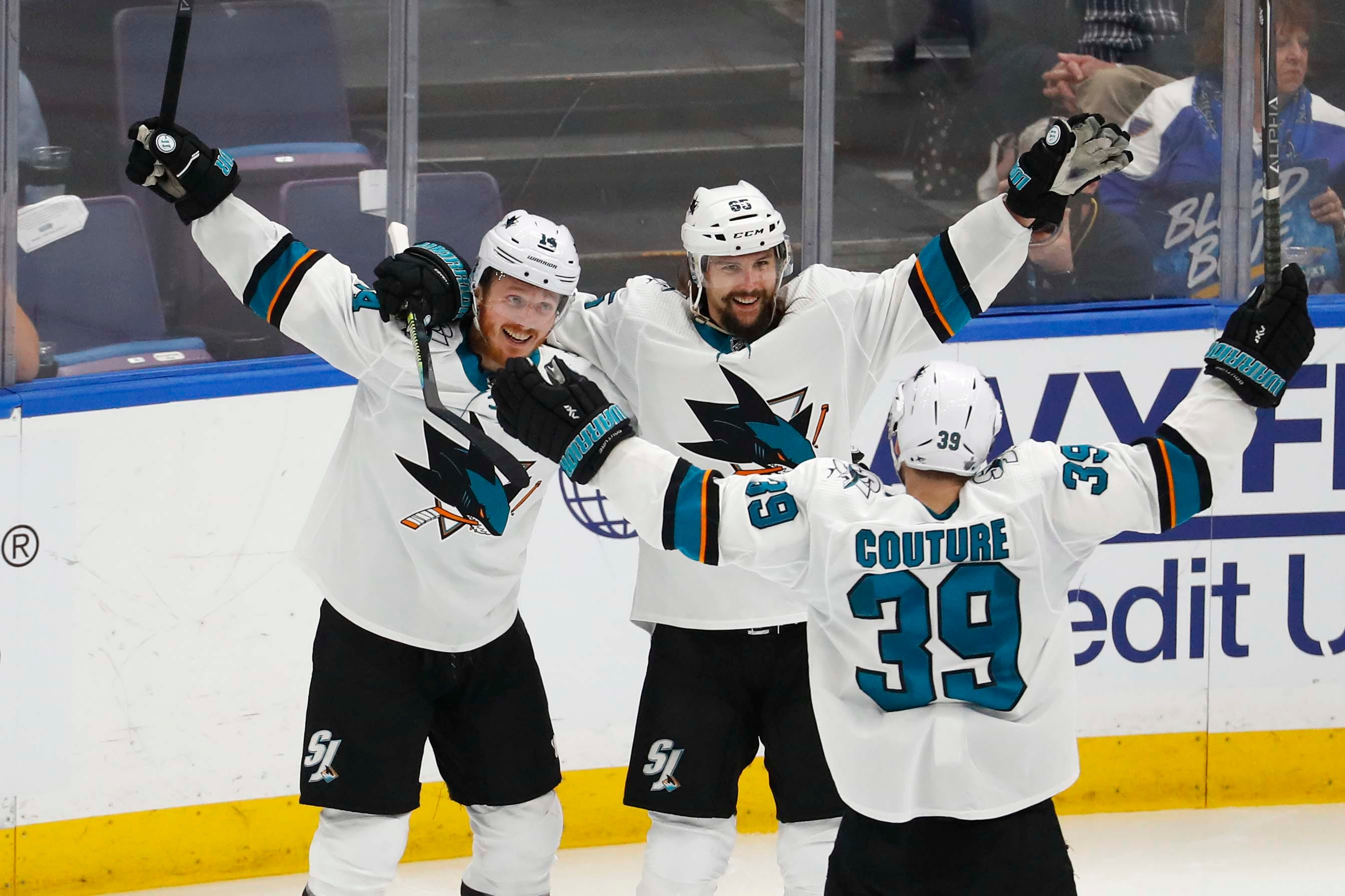FanDuel returns bets on Sharks vs. Blues Game 3 due 'controversial nature' of OT goal