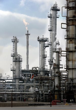 The CVS Refinery in Wynnewood is shown in this 2013 file photo. [THE OKLAHOMAN ARCHIVES]