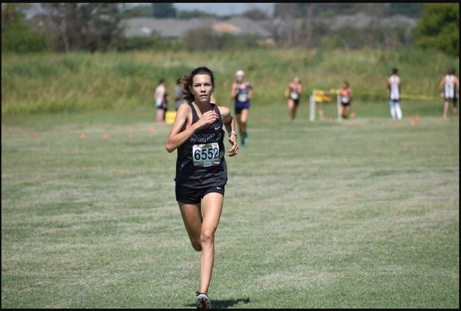 Edmond Santa Fe cross country runner Audrey Hill placed sixth at the Central Oklahoma Athletic Conference meet on Tuesday at Deer Creek. [Photo provided]
