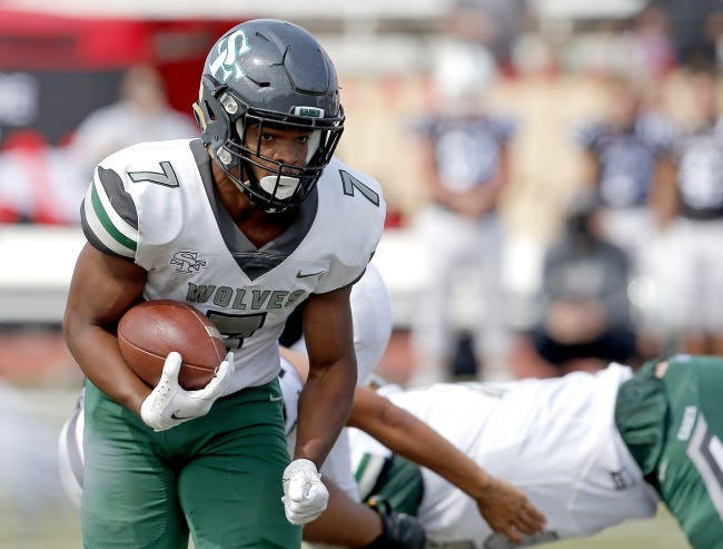 Edmond Santa Fe's Ethane Hyche has rushed 121 times for 938 yards and 14 touchdowns in six games this season. [Sarah Phipps/The Oklahoman]