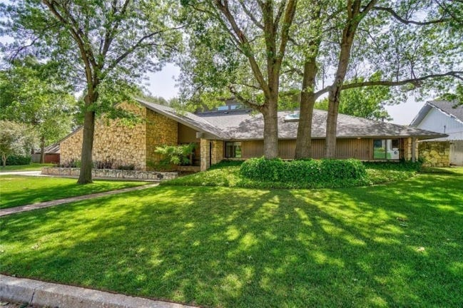 The Listing of the Week is at 11407 Red Rock Road. [PHOTO PROVIDED]