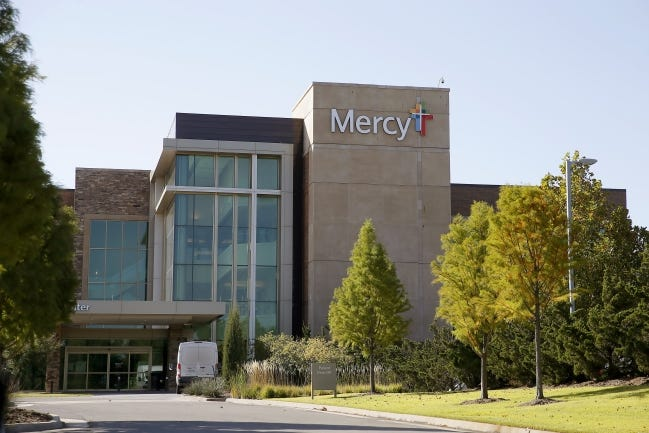 Mercy Hospital Oklahoma City Inc. has acquired its Edmond campus at Interstate 35 and E 15th Street from the developer. [BRYAN TERRY/THE OKLAHOMAN]