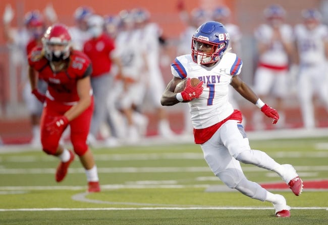 Bixby's Braylin Presley rushes during the high school football game between Bixby and Carl Albert at Carl Albert High School in Midwest City, Okla., Friday, Oct.,, 2020. Photo by Sarah Phipps, The Oklahoman
