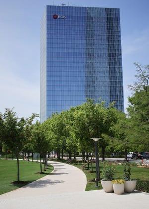 The BOK Park Plaza Tower in Oklahoma City. [DOUG HOKE/THE OKLAHOMAN]