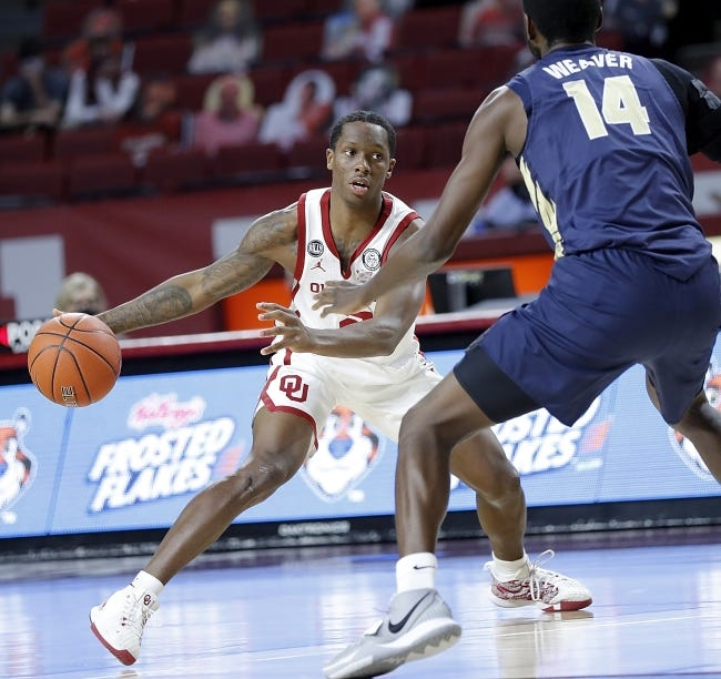 OU guard Umoja Gibson (2) scored 14 points in only 16 minutes Wednesday night in the Sooners' 79-65 win over Oral Roberts in Norman. [Ty Russell/OU Athletics]