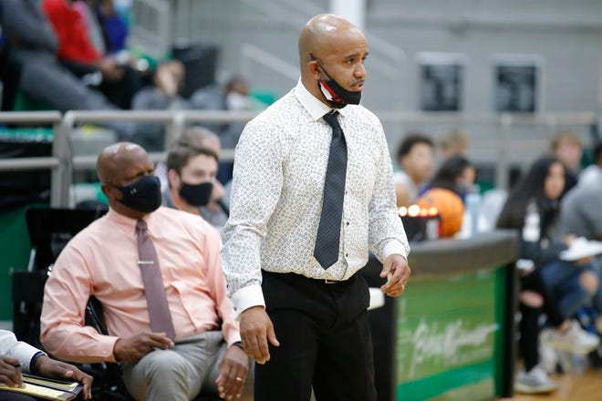 Del City coach Lenny Hatchett during a basketball game between Del City and Choctaw in the McGuinness Classic in Oklahoma City, Friday, Jan. 8, 2021. [Bryan Terry/The Oklahoman]