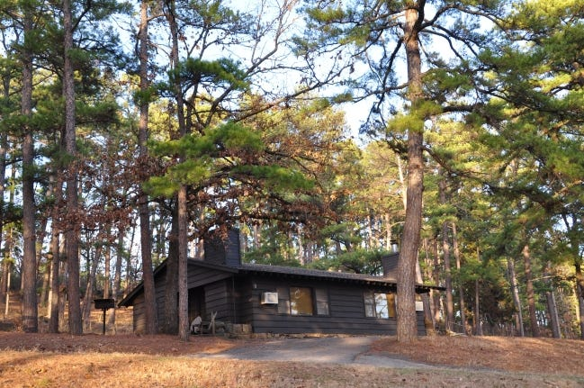 """Take advantage of the """"Sweetheart Special"""" discount to book a stay at an Oklahoma state park cabin, such as this one at Lake Wister State Park. [Oklahoma Tourism and Recreation Department]"""