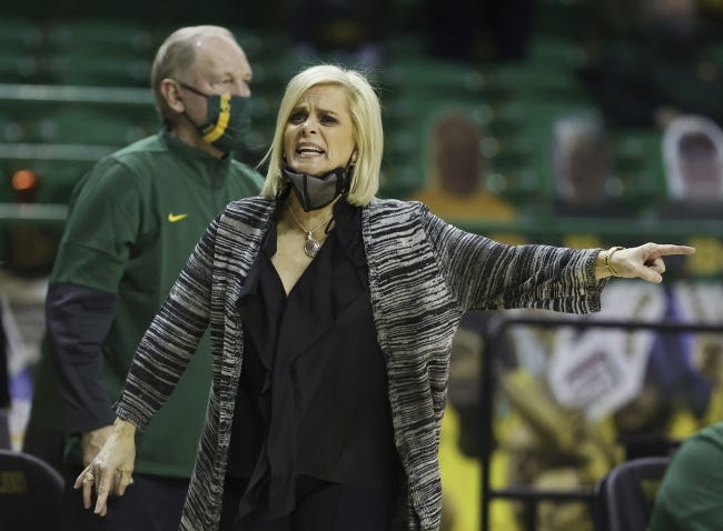 Coach Kim Mulkey and Baylor haven't lost to OU at home since 2009. [Rod Aydelotte/Waco Tribune-Herald via AP]