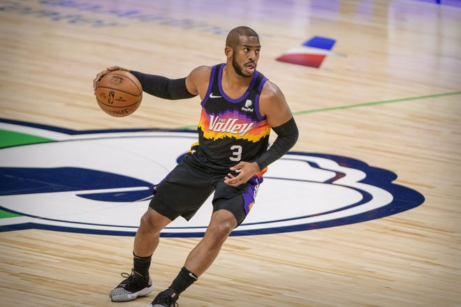 Phoenix Suns guard Chris Paul recently joined Goalsetter's Black History Month campaign to have 100 minority youths start bank accounts through its mobile banking app. [Jerome Miron/USA TODAY Sports]