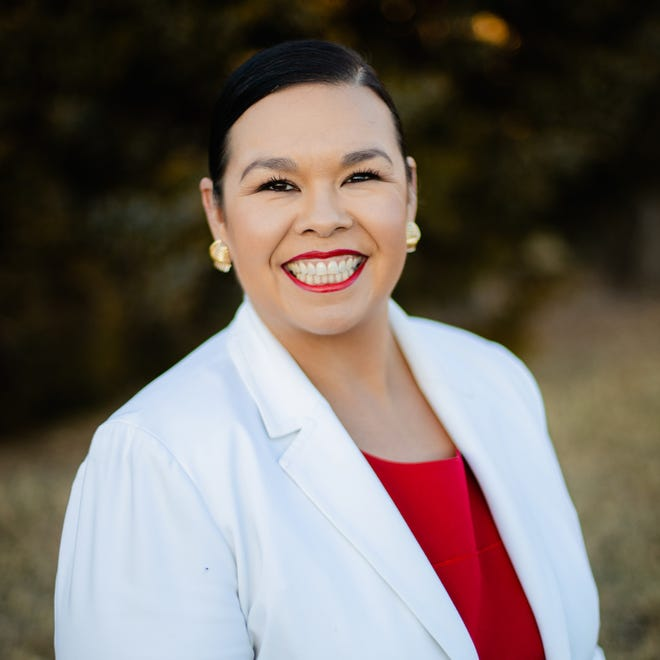 Jessica Martinez-Brooks led the Ward 3 primary, advancing to a runoff April 6 against second-place finisher Barbara Young.