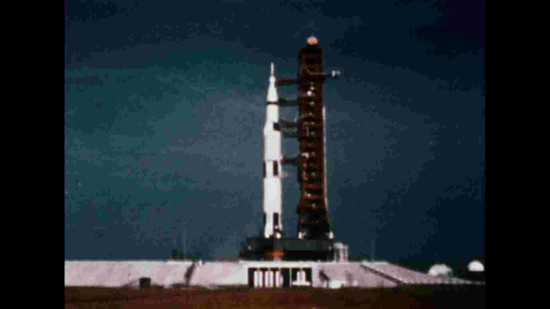 Apollo 11 controller was lone woman in sea of men