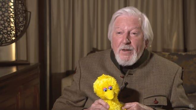 Sesame Street Big Bird Puppeteer Caroll Spinney Dies At 85