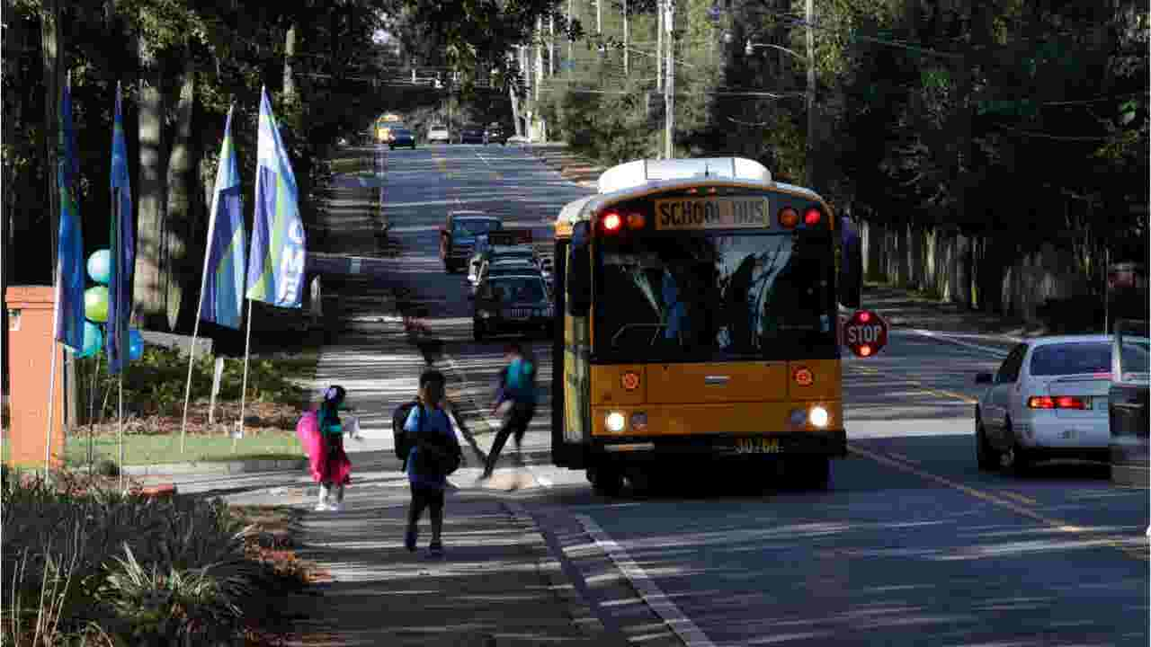 Parents scramble, complain as LCS releases bus schedules days before