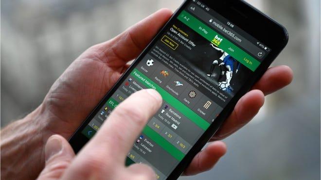Michigan legal online gambling, sports betting to start Friday