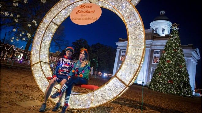 Canton Christmas Parade 2021 Canton Christmas Display Makes Memories Mississippi Destinations