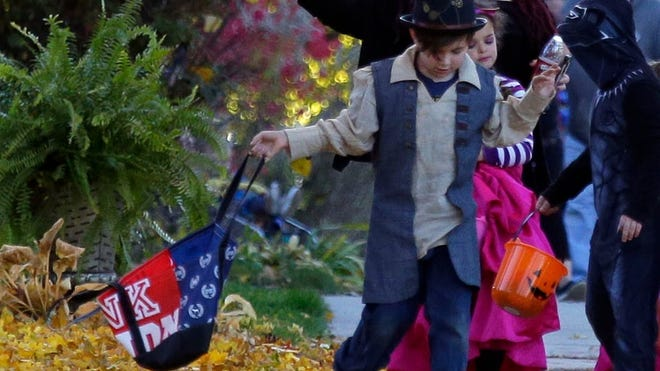 Halloween Events 2020 For Kids Fox Cities Menasha Appleton, Fox Valley trick or treat hours: Your Halloween 2019 guide