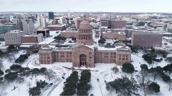 Texas winter storm: Before, after photos show the difference in Austin