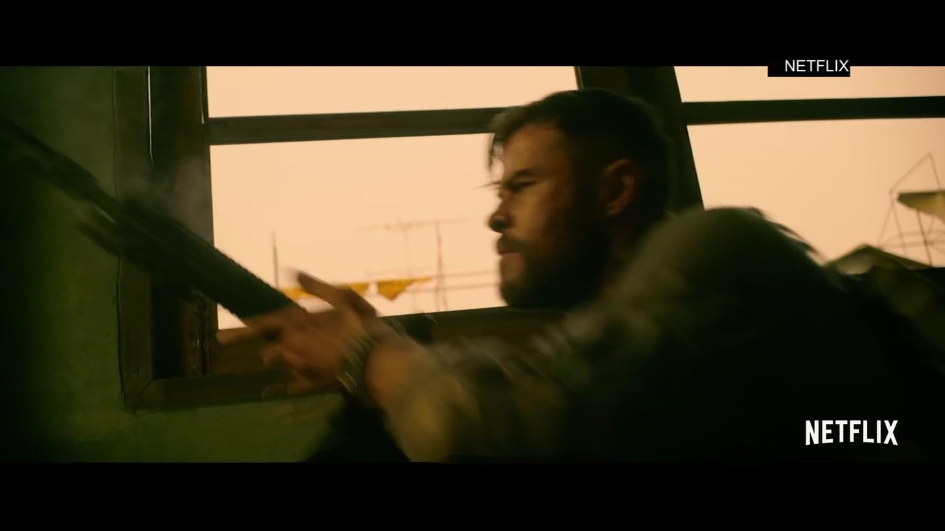 Chris Hemsworth S Crowded Action Packed Extraction