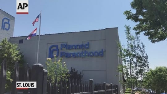 St. Louis Planned Parenthood to defy rule as central Missouri still reels over abortion access