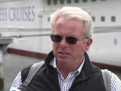 Cruise goers recount word of Alaska plane crash