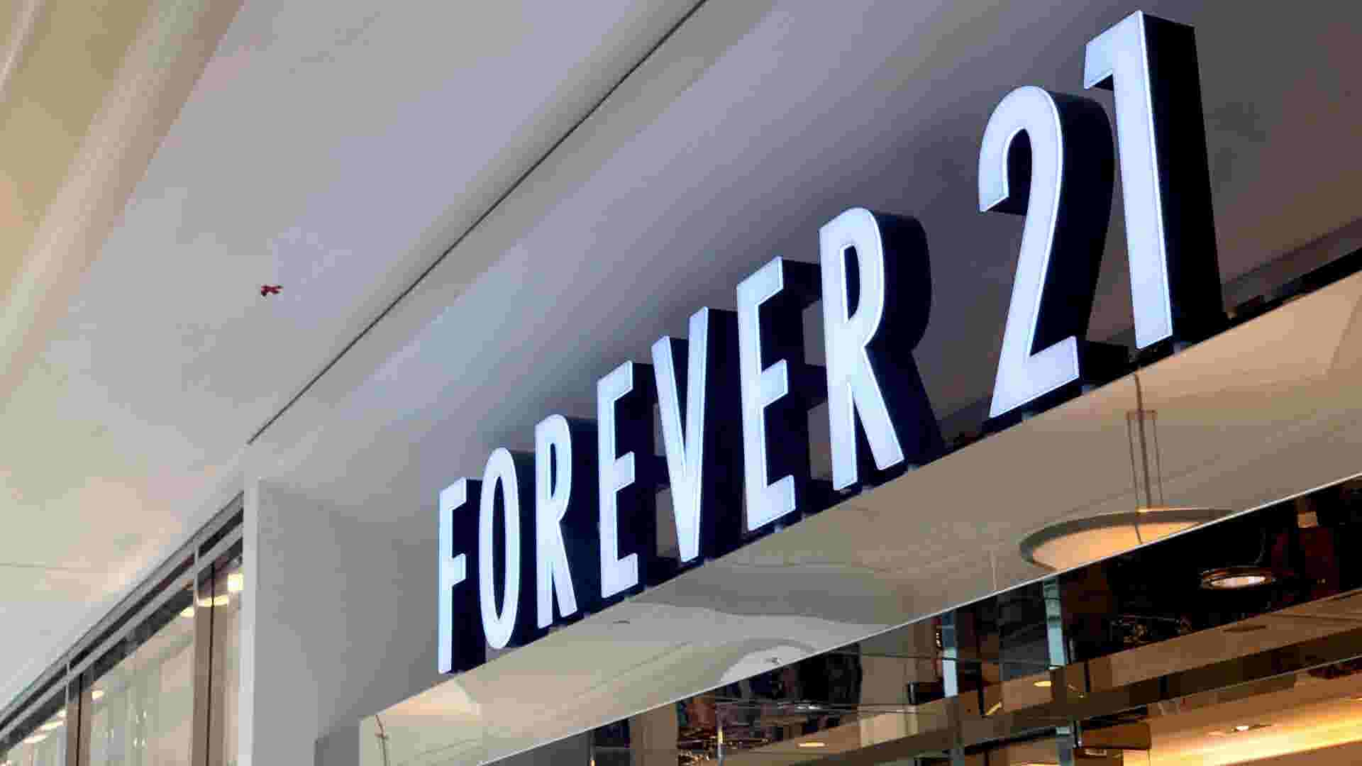 Bayshore's Forever 21 to close by the end of the year. Mayfair and West Towne stores to stay open.