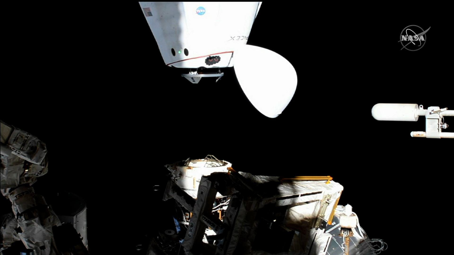 SpaceX Dragon spacecraft relocates on ISS