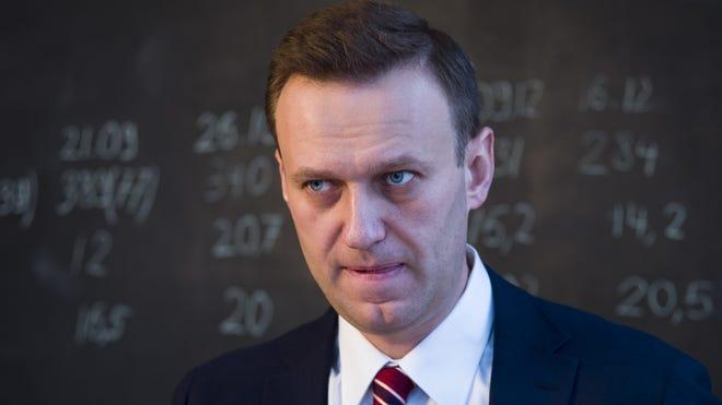Putin Critic Alexei Navalny Was Poisoned German Doctors Confirm