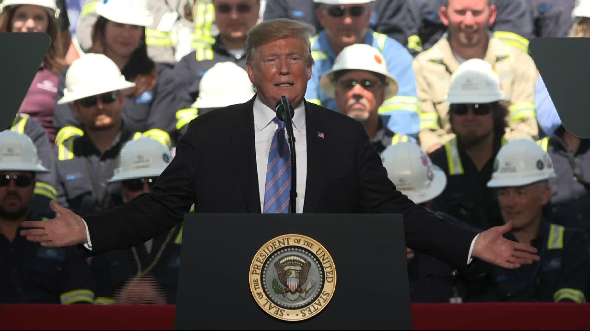 d87d9b6fc047a Trump uses energy speech to mock 2020 Democrats