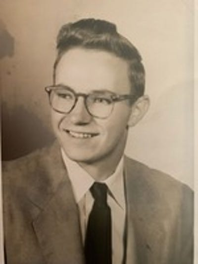 Photo 2 - Obituaries in Kent, OH | Record-Courier